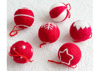 EN79 3cm Wool Felt Balls With Embroidered Snowflakes